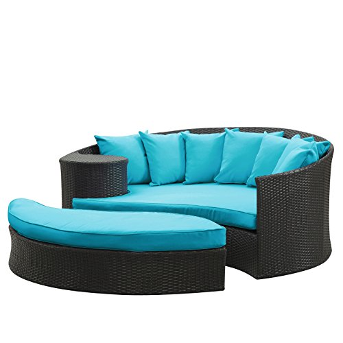 Cool Outdoor Wicker Patio Daybed with Ottoman