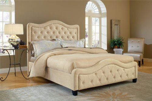 Beautiful and Fashionable Cream Color Fancy Bed