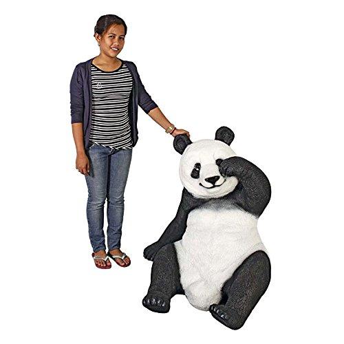Giant Panda Statue