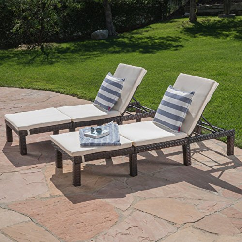 comfy outdoor recliners